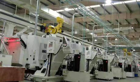 东风本田机床上下料七轴机器人桁架调试